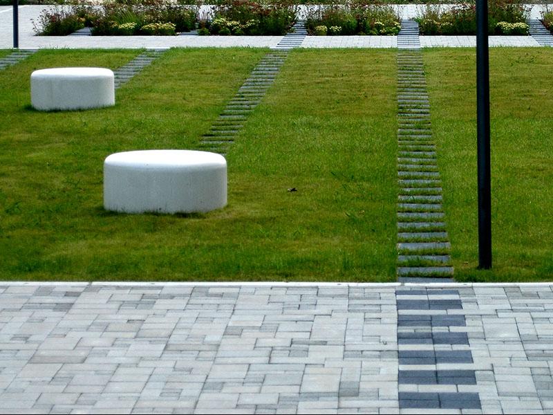 Ericsson_House_Variopark_latszobeton_butor_2